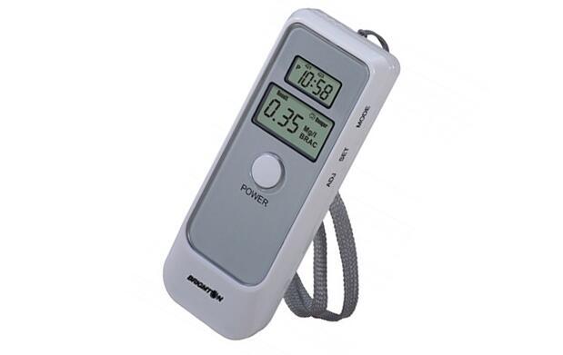 Alcoholímetro digital reloj y alarma 13€