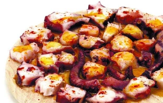 Menú gallego para 2 personas 32€