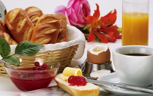 Desayuno para 2 lunch delicatessen 5€