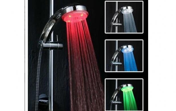 Ducha con LED de colores por 14,90€