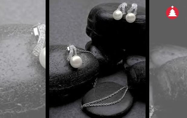 Conjunto de plata, perlas y circonitas 45€