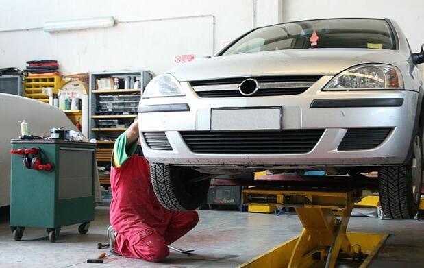Reparación y pintura para golpe coche 99€