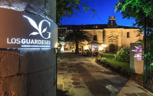 Escapada para 2 Santander+Cabárceno 69€