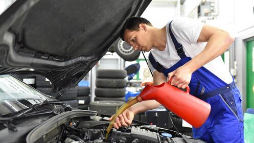 Aprovecha esta oferta y cambia el aceite del coche