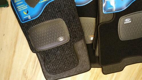 Pack de 4 alfombrillas personalizadas para coche