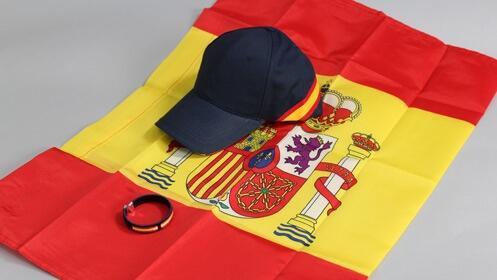 Anima a la selección con tu bandera, gorra y pulsera de España