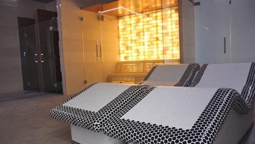 Relájate en este maravilloso spa, para dos 19€ y opción de menú