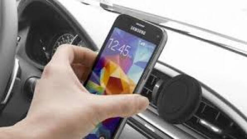 Soporte magnético de móvil para el coche