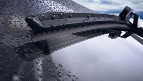 Cambio y montaje de escobillas para coche ¡Protégete de la lluvia!