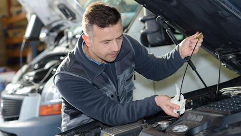 Oferta para el cambio de aceite de coche, opción con Repsol
