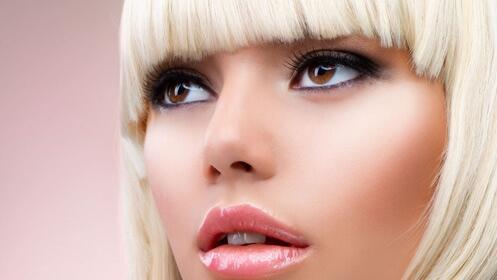 Frena la caída del cabello: tinte, peinado y tratamiento anticaída