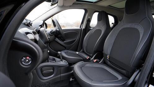 Lavado de coche con un 68% de descuento ¡interior y exterior!