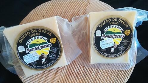 Prueba el sabor Montequesos, 2 cuñas de queso Gran Reserva