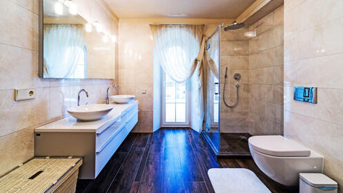 Elimina la bañera, cámbiate al plato de ducha al mejor precio