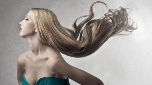 Tinte o mechas para dar color a tu cabello, aprovecha el descuento