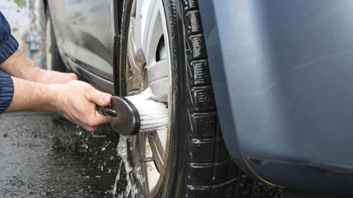 Lavado interior y exterior de coche un 67% más barato