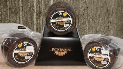 Queso artesano Pico Melero: 2 cuñas, queso entero o crema