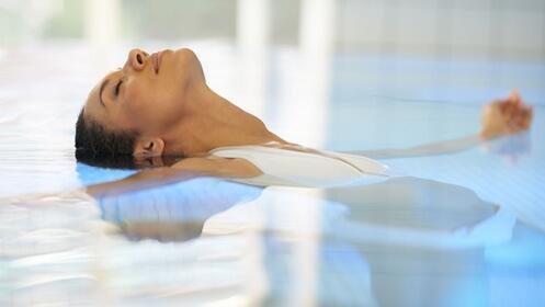 Circuito de spa para dos y opción de masaje en pareja