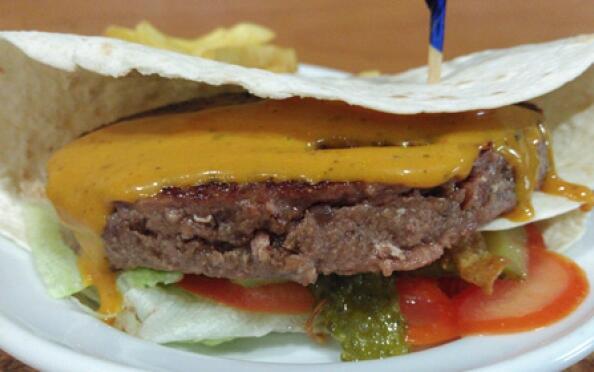 Increíble menú burger para 2 con bebida y postre